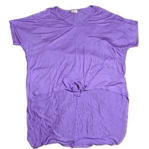 Purple hi-low knotted tee